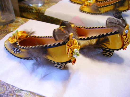 Chaussures jaunes empire 001
