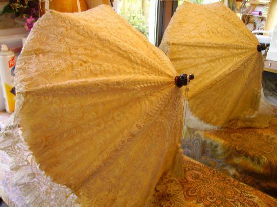 Petite ombrelle dentelle de sylvie mirailles 001