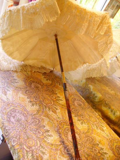 Petite ombrelle dentelle de sylvie mirailles 002